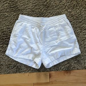 Old navy linen blend shorts